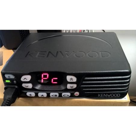 Kenwood TK-D840 analoginen/digitaalinen (DMR) ammattiradiopuhelin